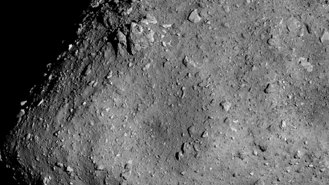 Ryugu is ready for its close up