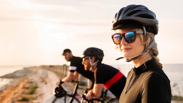 Don't change a thing: bicycle helmet laws are good road safety policy