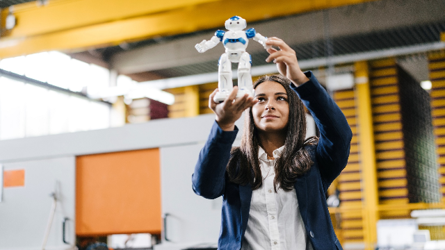 From accident to inspiration – Robot Academy lets anyone build robots
