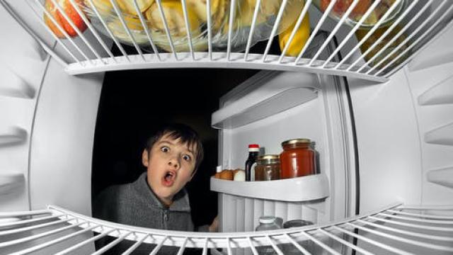 How do freezers work?